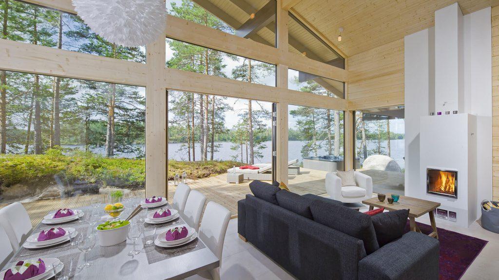 Naava Resort Laaka-huvilan olohuone